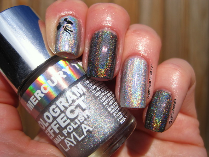 Rainbow butterfly nail art by Donner