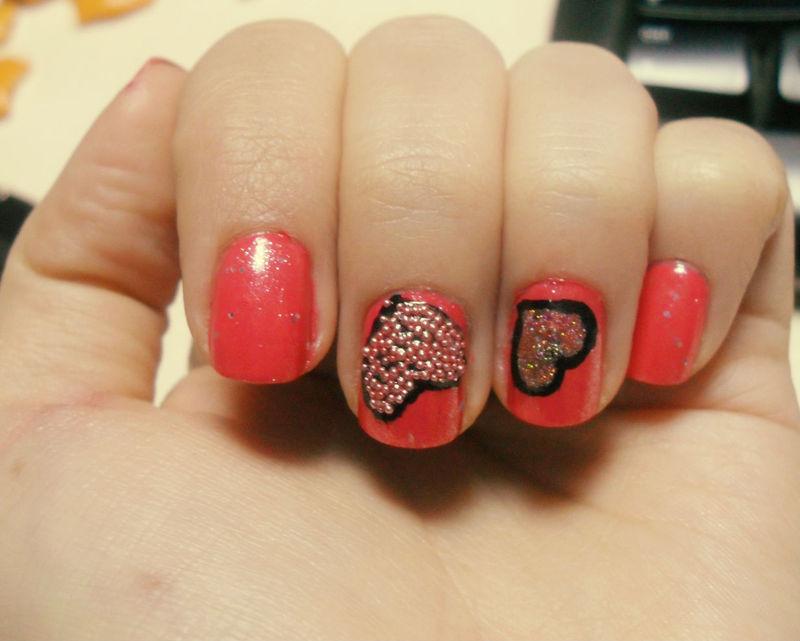 pink love nail art by Teo
