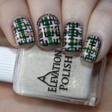 Christmas plaid nail art  1  thumb370f