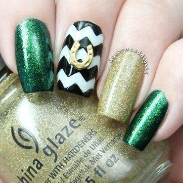 Horseshoe charm skittlette nail art by Jordan