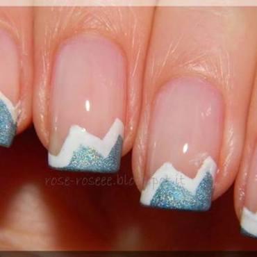 Zig-zag french nail art by Rose