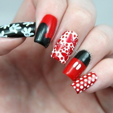 Disney Mickey & Minnie skittle nail art by Jordan
