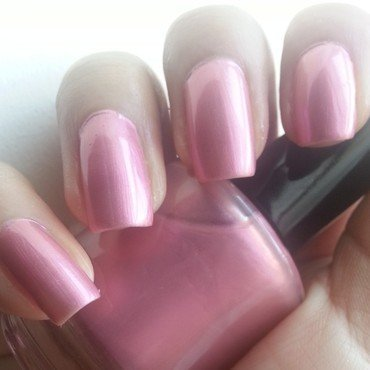 Sassy Cats Lacquer Tickle me fancy Swatch by Mohrayma C.