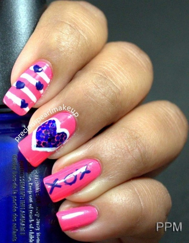 Hug Day Nails  nail art by Pearl P.