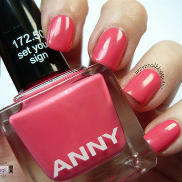 Anny Set Yout Sign Swatch by Maria