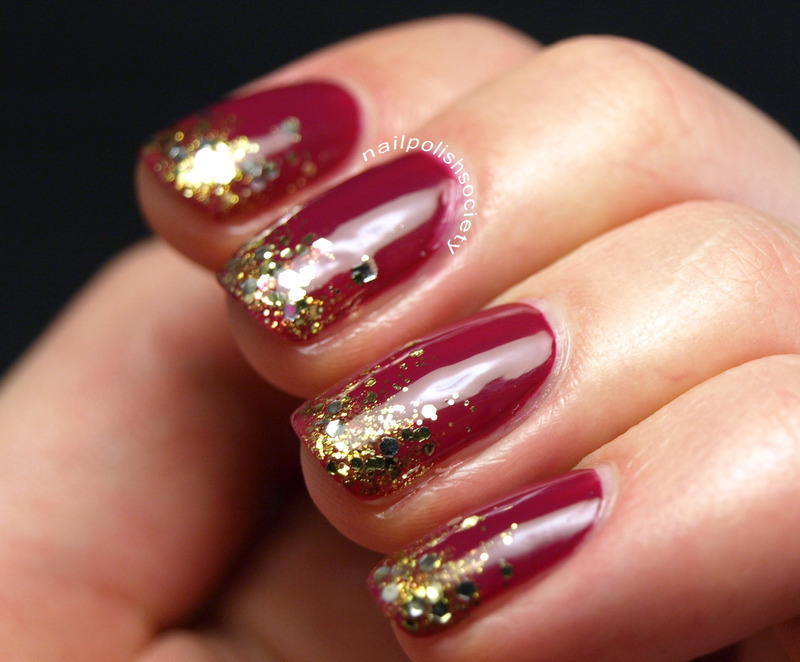 Berry Holiday Party Nails nail art by Emiline Harris
