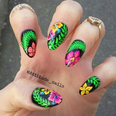 Tropical paradise  nail art by Nikki P