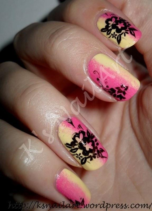 """Neon Gradient nail art by Kairi E """"K's NailArt"""""""