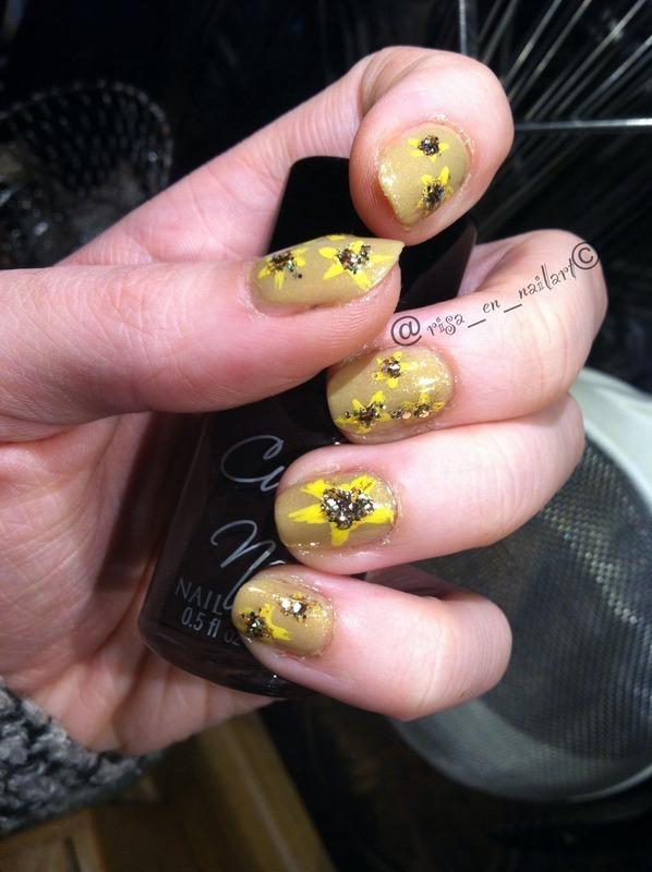 Yellow flowers nail art by Kayla