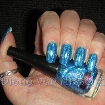 Jade Hypnose Swatch by Diana van Nisselroy
