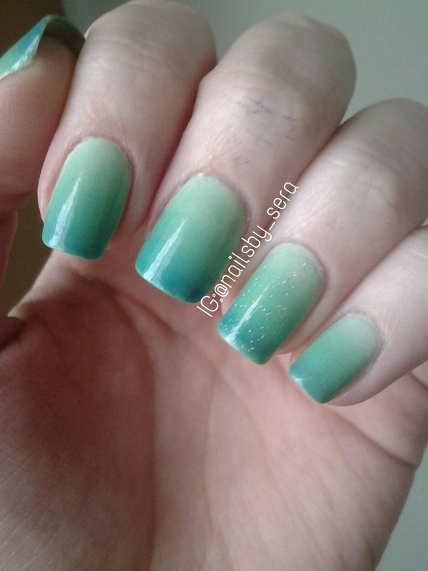 Mermaid Green Ombré nail art by Sera Knott