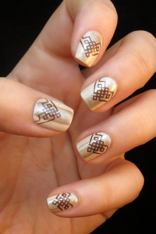 Golden Elegance nail art by Chasing Shadows