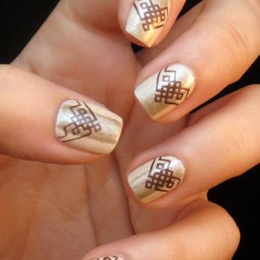 Golden Elegance nail art by Chasing Shadows