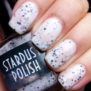 Stardust Polish Mrs. White Swatch by Rose Mercedes