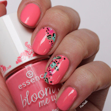 Flower Spring nail art by Fran Nails