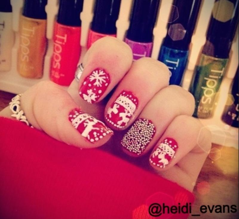 Christmas Nails nail art by Heidi  Evans