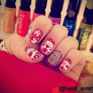Christmas Nails nail art by Heidi  Evans