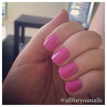 Essie Madison Ave-Hue and Essie No Chips Ahead Swatch by Nikita