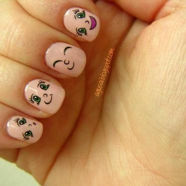 Put a smile... on your nails! ;) nail art by Agni