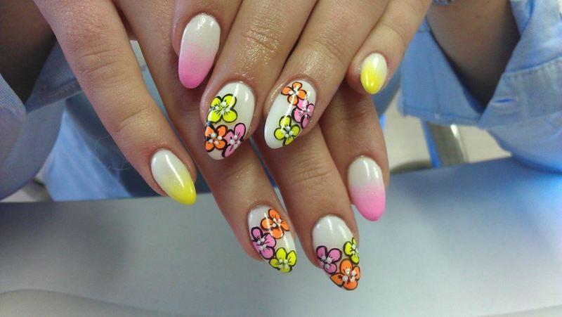 Say Hi to the sunny days :) nail art by Marija  Janeva