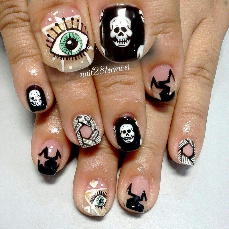 eye nail art by Weiwei