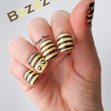 Bee thumb370f