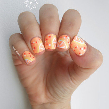 Cocktail Lemon nail art by Sarah Anaïs