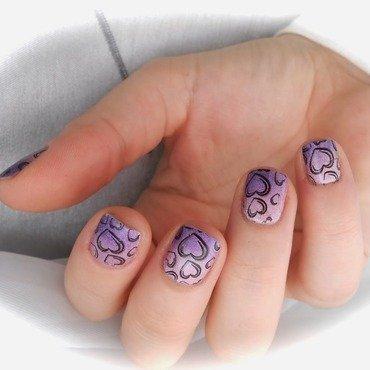 Heart nail thumb370f