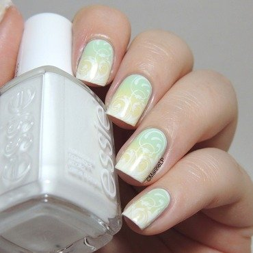 Spring is coming! nail art by Marine Loves Polish