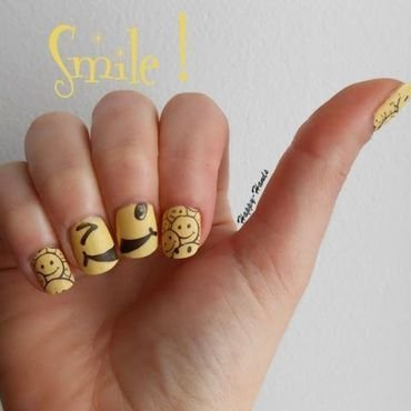 Happy ! nail art by Sarah Anaïs
