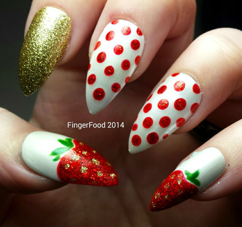 A Strawberry Skittlette nail art by Sam