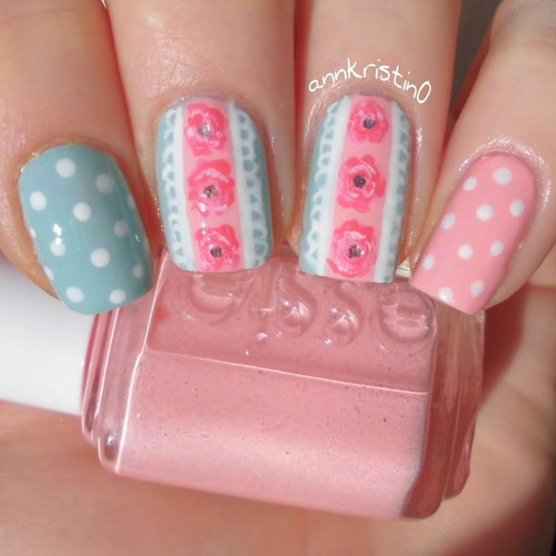 Vintage Lace Nail Art Mint/Peach nail art by Ann-Kristin