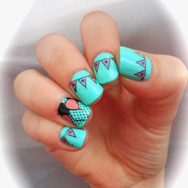 Fiesta nail thumb370f