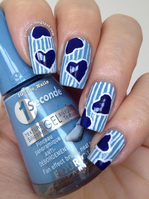Blue Hearts nail art by Giovanna - GioNails