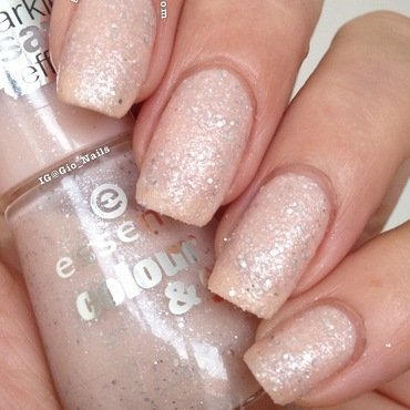 Essence Sparkle Sand Effect Hey, Nude! Swatch by Giovanna - GioNails