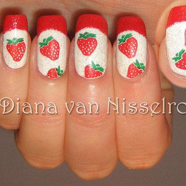 Strawberries nail art by Diana van Nisselroy