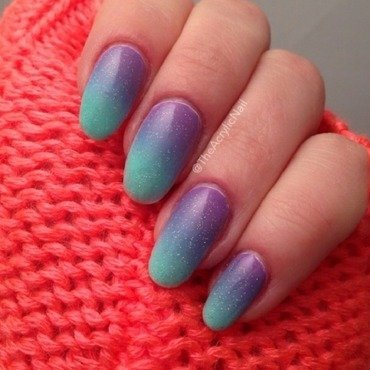 Arabian Night Gradient nail art by Beatrice N