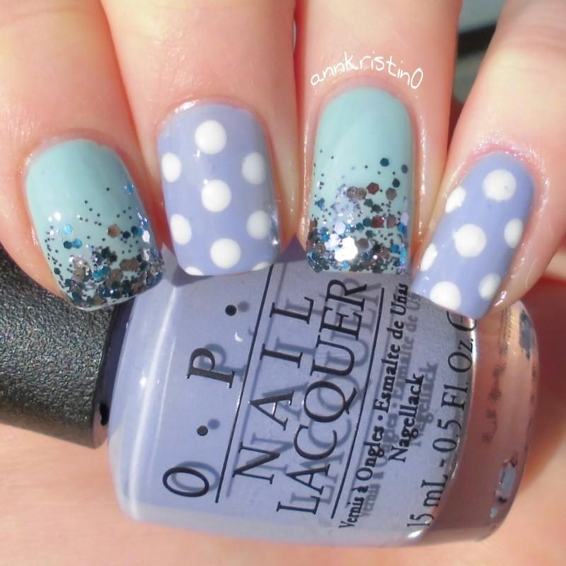 Mint and Purple Pastell Polka Dots nail art by Ann-Kristin