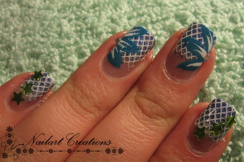 Framed Flowers nail art by Nailart Creations