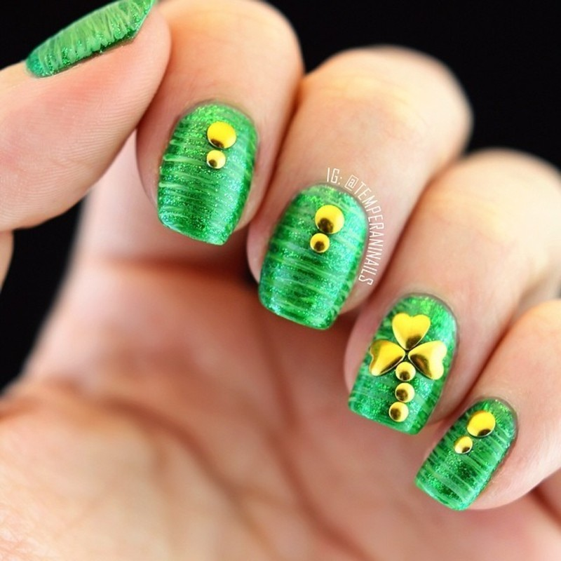 St. Patrick's day nails nail art by Temperani Nails