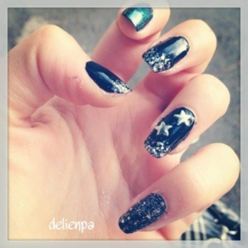 Rock'n Roll nails ! nail art by Dju Nails