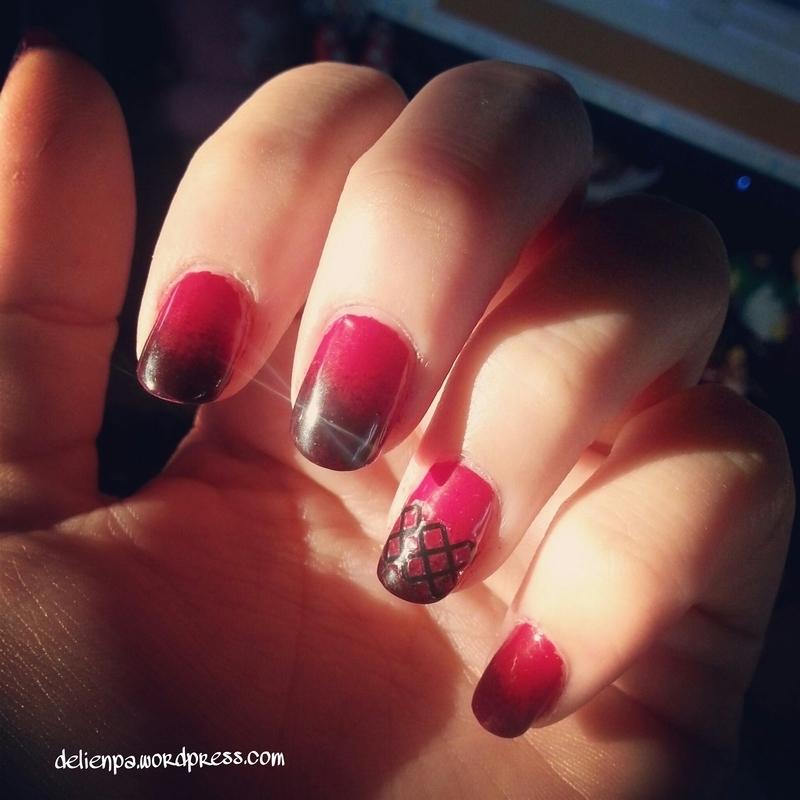 Showgirl ! nail art by Dju Nails