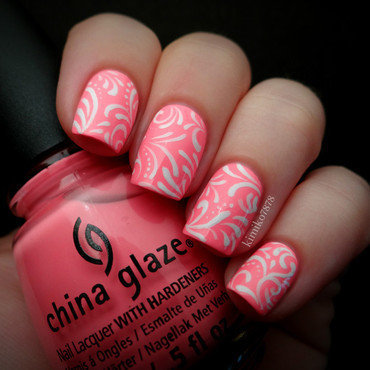 Neon Filigree nail art by Kim