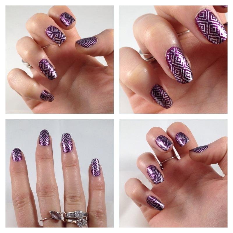 Stamping hivernal nail art by Dju Nails
