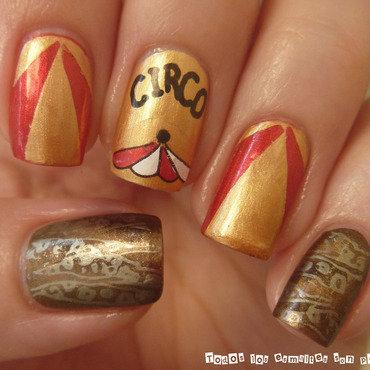 Circo nail art by Maria