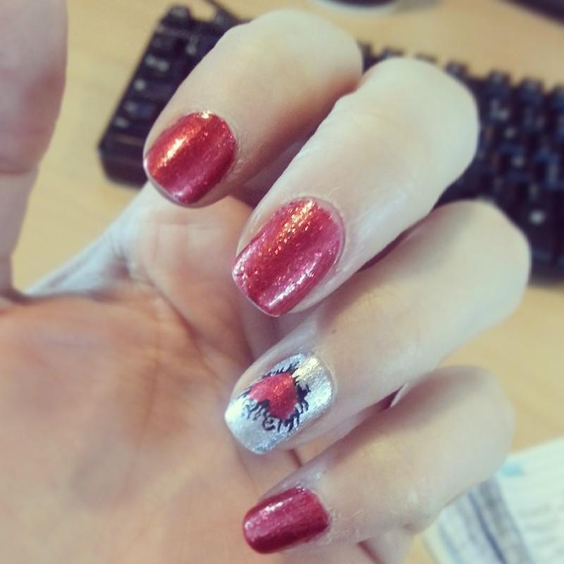 Le rouge by Kiko nail art by Dju Nails