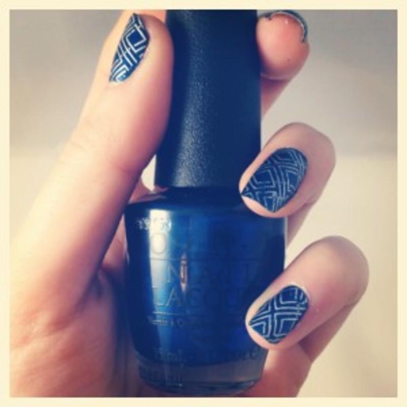 Stamping géométrique nail art by Dju Nails