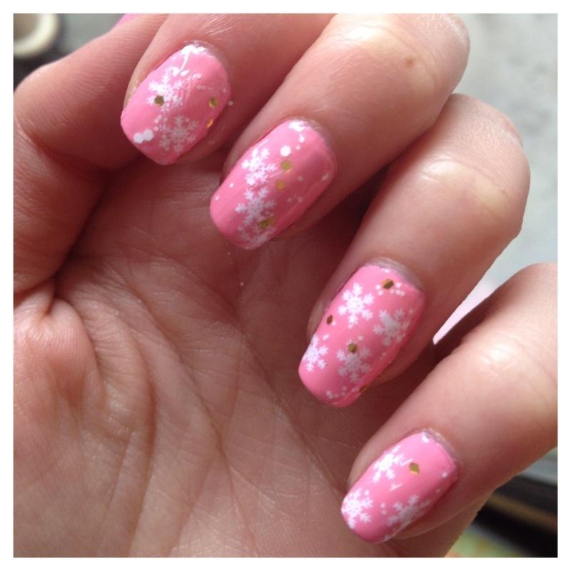 Winter nails nail art by Dju Nails