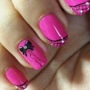 So chic nails nail art by OnailArt