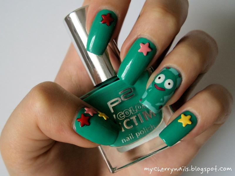 UFO nail art by Pauline